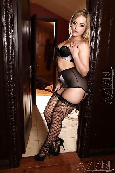 Sexy blonde slut Alexis..