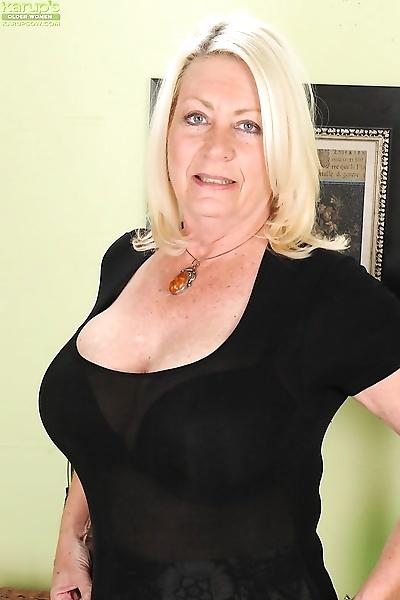 Fatty mature blondie..