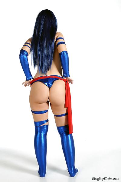 Big boobed cosplay girl..