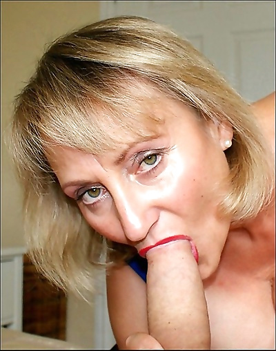 Hot mature lady with big..
