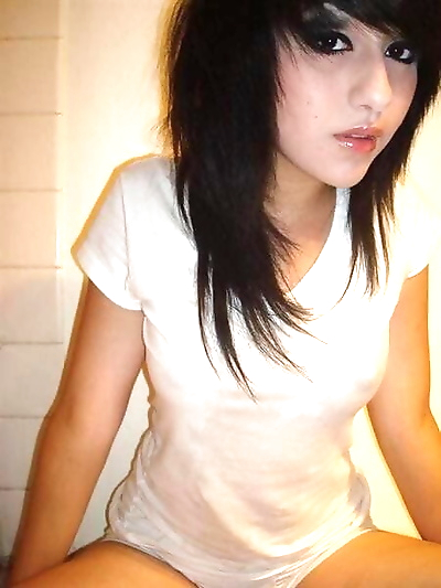 Pics of black-haired emo..