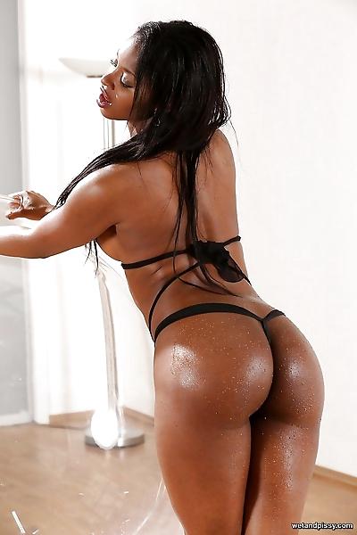 Busty black dime Jasmine..